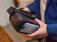 Продажи нового шлема виртуальной реальности Samsung Gear VR стартуют 21 апреля по цене $129