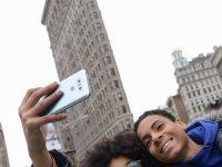 LG начинает продажи самого ожидаемого смартфона G6 в мировом масштабе