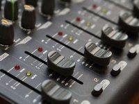 """Радиостанция """"Зефир FM"""" заработает в Бобруйске 6 мая"""