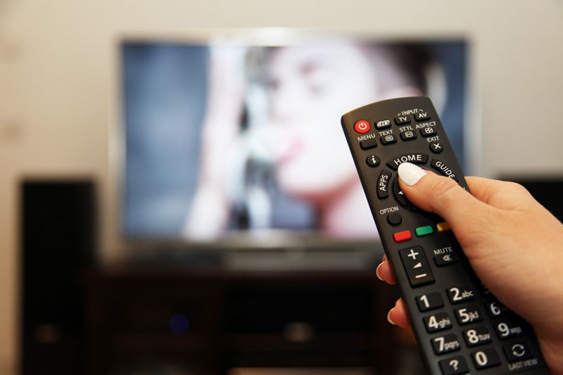 Мининформ не продлил разрешение двум российским каналам